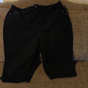 Capri jeans size 18